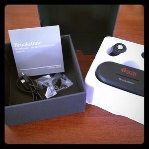 NEW Brookstone True Wireless Earbuds